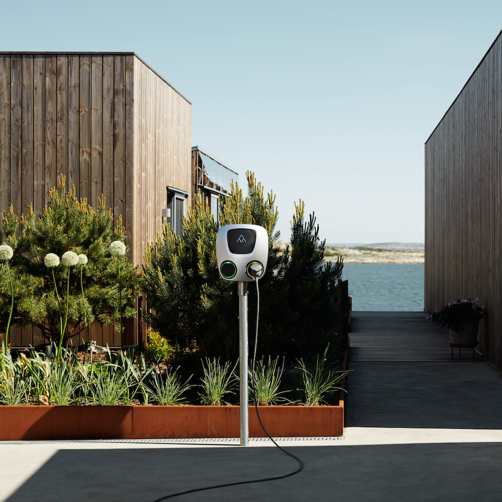 Charge Amps Aura Laddstation